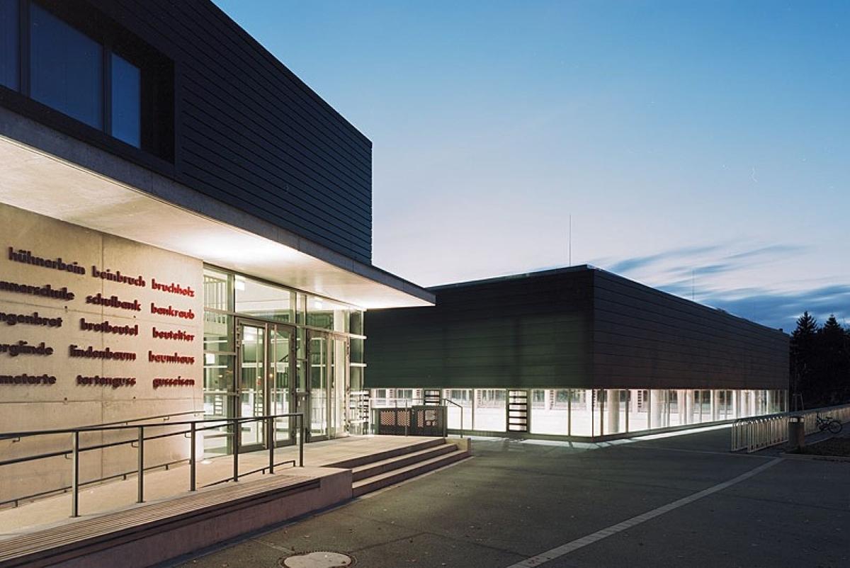 Sporthalle und Erweiterung Weinbrennerschule Karlsruhe - SWA